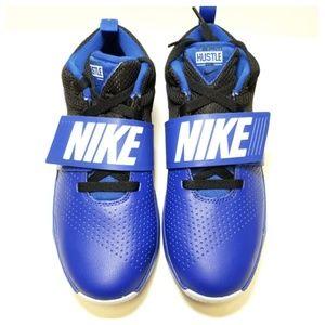 Nike - sz 7 (big kid) team hustle d8